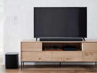 Bose Smart Soundbar 700 with a TV and the Bose Bass Module 700