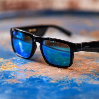 Bose Frames Tenor with Mirrored Blue lenses