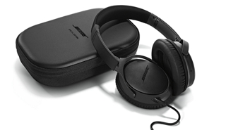 0c9a24c9753 ... underneath for extra comfort. If the AAA battery runs out, you can  still enjoy music without noise reduction. And the earcups pivot to fit in  a compact ...