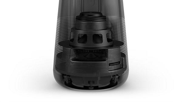 El interior del altavoz Bluetooth SoundLink Revolve+